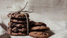 Μπισκότα με ταχίνι και κακάο μόνο με 4 υλικά, χωρίς ζάχαρη - The Mamagers.gr Cookies, Recipes, Biscuits, Food Recipes, Rezepte, Cookie Recipes, Cookie, Recipe, Cooking Recipes