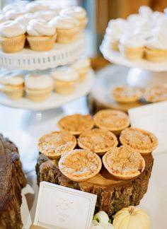 mini pies | Chris Isham #wedding