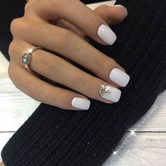 What manicure for what kind of nails? What manicure for what kind of nails? White Nail Designs, Acrylic Nail Designs, Gem Nail Designs, Cute Nails, Pretty Nails, Hair And Nails, My Nails, White Acrylic Nails, White Manicure