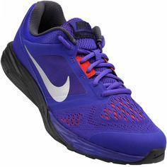 O Tênis Nike Tri Fusion Run MSL Masculino vai te proporcionar conforto e segurança nas corridas e caminhadas! Este tênis da Nike é ótimo para melhorar seus treinos, pois oferece estabilidade, aderência e amortecimento. Liberte o atleta que há dentro de você.