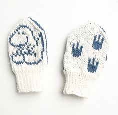 Designs by Tonje Haugli Baby Mittens, Knit Mittens, Mittens Pattern, Scandinavian Style, Ravelry, Knitting Patterns, Winter Hats, Childhood, Knits