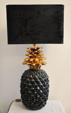 lampe ananas 1970 ceramique  http://lampevintage.blogspot.fr/2012/12/lampe-ananas.html