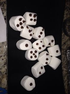 Marshmallow dice for casino party or game night.