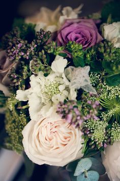 Wedding Wednesday : Finding a florist for your wedding flowers | Flowerona. Flowers and image Firenza Floral Design