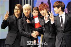 b1a4 hello baby | B1A4 hello baby 記者会見 20120724 [15640173] | 完全無料画像 ...