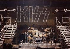 Kiss Group, Vinnie Vincent, Eric Carr, Peter Criss, Kiss Pictures, End Of An Era, Love Gun, Best Kisses, Kiss Band