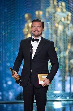 Including … everyone loves Leonardo DiCaprio, no one has a clue who's going to win – and somehow, somewhere, Jenny 'bag lady' Beavan really got on the wrong side of Alejandro González Iñárritu Leonardi Dicaprio, Men With Street Style, Best Actress, Dapper, Trip Advisor, Gentleman, That Look, Suit Jacket, Menswear