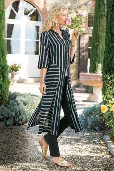 Love this Soft Surroundings Moroccan Topper! Make a striking statement in yarn-dyed striped panels of cool, woven cotton. Detailed with on-seam pockets and looped buttons. Misses long. Fashion 2018, Fashion Line, Hijab Fashion, Boho Fashion, Dressy Outfits, Casual Dresses, Clothes For Sale, Clothes For Women, Hijab Style
