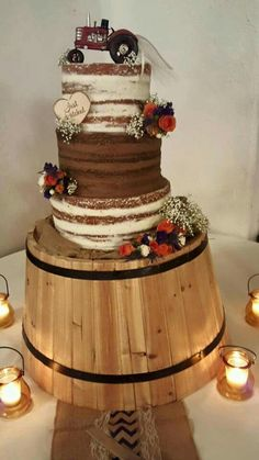 Country tractor wedding cake