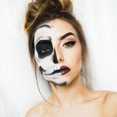 maquillaje para halloween, mujer con media cara maquillada de calavera