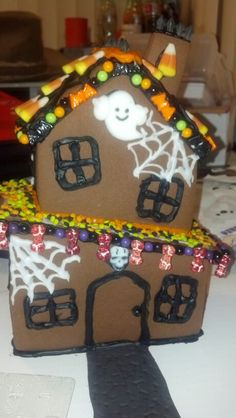 """Halloween 2014 Haunted House and cemetery """"cake"""""""