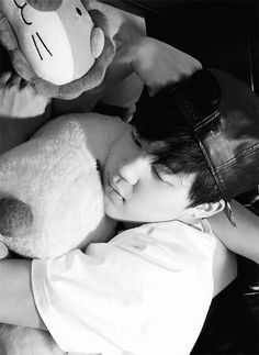 Find images and videos about kpop, bts and bangtan boys on We Heart It - the app to get lost in what you love. Bts Jimin, Bts Bangtan Boy, Yoonmin, Cnblue, Foto Bts, Jikook, K Pop, Wattpad, Fanfiction