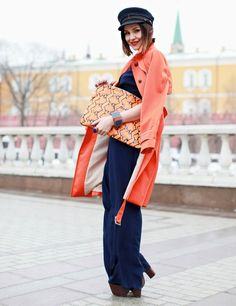 Oh another look. That purse is delish here at Moscow Fashion Week. Glad you're part of the Free World.