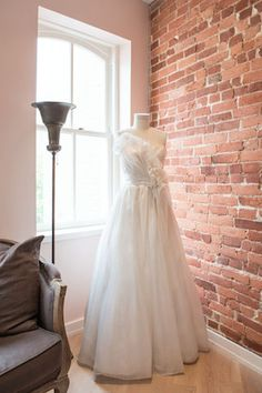 Lovely Bride DC bridal boutique | Lissa Ryan Photography | see more on: http://burnettsboards.com/2014/08/lovely-bride-dc/