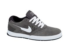 I found this Nike Skateboarding Paul Rodriguez 6 Men's Shoe at Nike online.