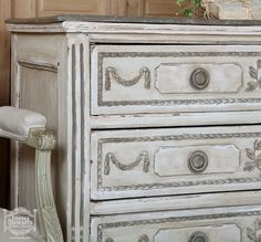 French Antique Louis XVI Painted Commode detail