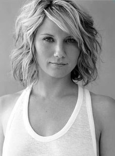 short hairstyles for curly hair - Google Search