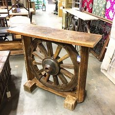 Wooden Furniture Plans – How to Find Them Diy Furniture Hacks, Farmhouse Furniture, Unique Furniture, Repurposed Furniture, Wooden Furniture, Furniture Projects, Furniture Plans, Furniture Layout, Furniture Cleaning