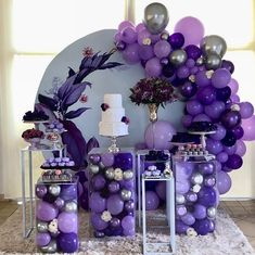 Purple Birthday, 18th Birthday Party, Birthday Party Themes, Purple Party Decorations, Birthday Balloon Decorations, Balloon Backdrop, Balloon Garland, Balloon Display, Purple Balloons