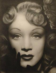 Marlene Dietrich <3 One of my biggest inspirations in high school.