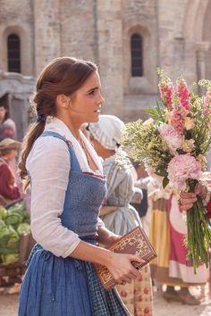 "ewatsondaily: """"Emma Watson as 'Belle' in Disney's Beauty and the Beast "" "" Emma Watson Model, Bell Emma Watson, Emma Watson Casual, Enma Watson, Emma Watson Beautiful, Emma Watson Cute, Emma Watson Hair, Beautiful Person, Lily James"
