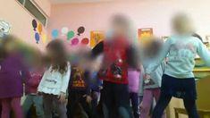 Το τραγούδι των πιγκουίνων Bingo Cards, Learning Activities, Kindergarten, Youtube, Concert, School, Videos, Music, Winter Ideas