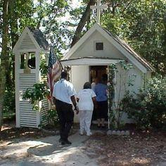 Fact: The Smallest Church in America is located in Darien, Georgia.