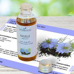 Huile végétale de Nigelle BIO pour stimuler les défenses immunitaires en ingestion ou soulager les troubles digestifs. Nigella Sativa, Creme Anti Age, Troubles Digestifs, Shampoo, Soap, Wine, Bottle, Beauty, Ayurveda
