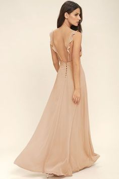 Your allure will be at an all-time high when you slip into the Meteoric Rise Blush Maxi Dress! Breezy woven fabric sweeps over a triangle bodice with ruffled straps and a maxi skirt. Backless Maxi Dresses, Lace Maxi, White Maxi Dresses, Maxi Wrap Dress, Formal Dresses, Maxi Skirts, Ruffle Dress, Grey Maxi, Graduation Dresses
