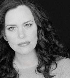 Kveller Exclusive: Q&A with Ione Skye on Her New Yiddish Kids' Book (Plus a Giveaway!)