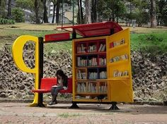 Mobile Library in Bus Stations is a very good idea! Colombia, Bogota will introduce mobile libraries in the bus stations. Mini Library, Little Library, Free Library, Library Books, Reading Library, Read Books, Reading Nook, Mobile Library, Bus Shelters