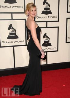 Grammy Awards '08 --  Faith Hill Knows Grammys  Mississippi-born Faith Hill arrives at a familiar event--the Grammy Awards. The raspy-voiced songstress has racked up many Grammys and Academy of Country Music awards.