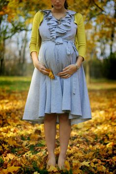 Awaiting in autumn. Gorgeous. #fashion #pregnancy #fall #baby #mother