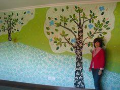 Mural para habitación infantil diseñado íntegramente y pintado a mano alzada por La Jirafa Proyectos Artísticos