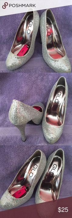 Glow Jeans New Sparkle Heels New Glo Jeans Size 5 Sparkling Heels. 4 inch heel GLO JEANS Shoes Heels