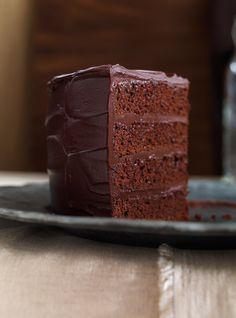 Chocolate cake (the best) - dessert - Gateau Food Cakes, Cupcake Cakes, Cupcakes, Best Chocolate Cake, Chocolate Desserts, Chocolate Heaven, Chocolate Chips, Sweet Recipes, Cake Recipes