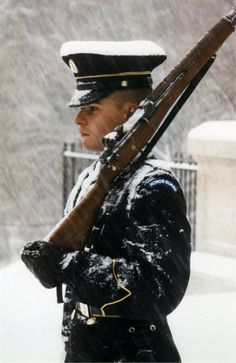 Solemn guard at the Tomb of the Unknown Soldier