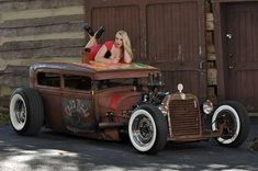 The majority of people building a rat rod now are actually employing this apparatus. A Rat Rod is a kind of car that's built with the support of old stuff. Rat Rod Girls, Car Girls, Rockabilly Looks, Traditional Hot Rod, Ford Models, Custom Cars, Custom Trucks, Hot Cars, Vintage Cars