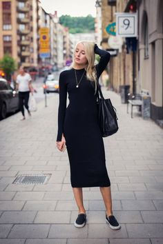 Модные хиты сезона: платье миди 10