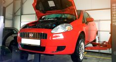 Автосервис ДА ВИНЧИ работает в Москве с 1999 года и предлагает качественное техническое обслуживание машин импортного производства. Fiat, Vehicles, Sports, Hs Sports, Rolling Stock, Sport, Exercise, Vehicle