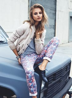 Russian fashion model Anna Selezneva is tapped for Mango Fall 2013 Catalogue, photographed by Lachlan Bailey. Spanish brand features denim for fall 2013 season. Look Fashion, Fashion Brand, Fashion Models, Fashion Beauty, Autumn Fashion, Womens Fashion, Fashion Design, Street Fashion, Anna Selezneva