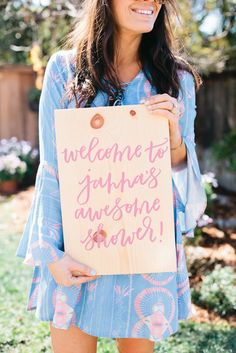 Bridal Shower Sign: Sunny So Cal Love – Bridal Shower Inspiration Custom Napkins, Bridal Shower Signs, Shower Inspiration, Pretty Hands, Enjoying The Sun, California Style, Marry You, Beautiful Bride, Mother Of The Bride