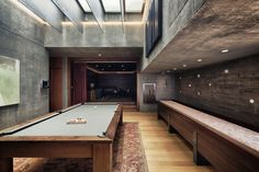 Alberto Kalach - Casa Kalif game room