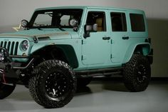 2013 Jeep Wrangler Paddleboard Green Kevlar..  love this color. almost tiffany blueish <3
