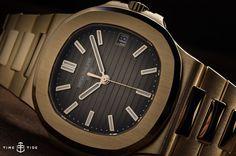 Patek-Philippe-Nautilus-5711-1R-001-Rose-Gold-2.jpg (1024×681)