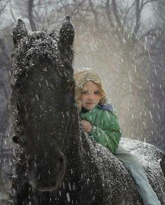 """(¯`•♥•´¯)☆ .. """" All horses deserve, at least once in their lives, `•.¸(¯`•♥•´¯)¸.•♥.. to be loved by a little girl."""" ☆ ؛ ` `•.¸.•´ ` ؛ ☆"""