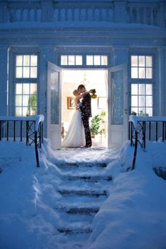 Simply lovely #Winter #Wedding