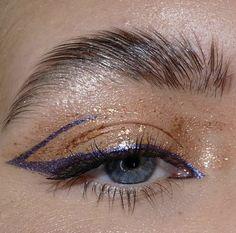 Edgy Makeup, Makeup Eye Looks, Creative Makeup Looks, Eye Makeup Art, Cute Makeup, Pretty Makeup, Simple Makeup, Skin Makeup, Eyeshadow Makeup