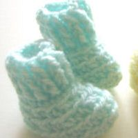 Free Crochet Patterns  ~ Link correct and pattern is FREE when I checked on 27th March 2015   USA terminology  ~ NO size mentioned