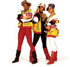 "Salt N Peppa  ""Push It""  African American trends of 1980's | Our first trend: Bamboo Door Knocker Earrings :"
